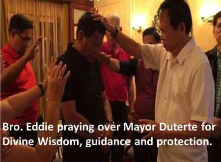 Breaking News: Bro. Eddie Villanueva praying for Duterte's Presidency