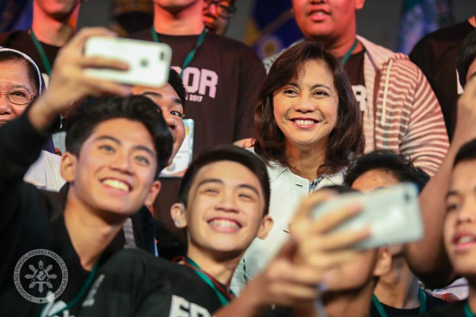 VP Robredo enjoying the bonding with the youth Photo: Office of the Vice President of the Philippines