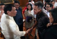 "Duterte meets Renato Reyes, activists in Malacañang: ""Sige, rally muna kayo, tapos usap ulit tayo"""