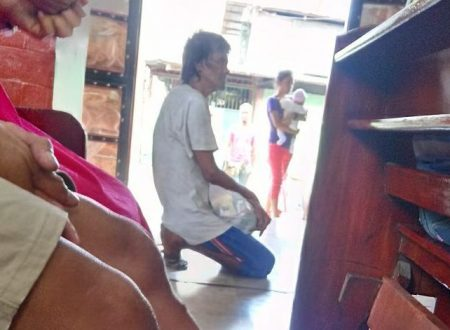 Homeless man rejected from getting an 'Ostya' during a mass in Malabon