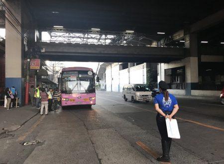 """Na Duterte nanaman!"" No long lines anymore during MRT3 rush hour"